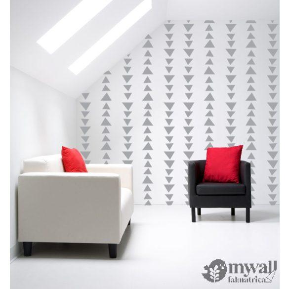 Variációk háromszögekre-MyWall stencil